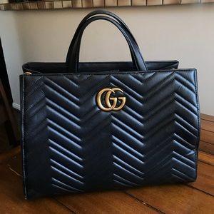 GG Marmont Matelassé Top-Handle Bag, Black
